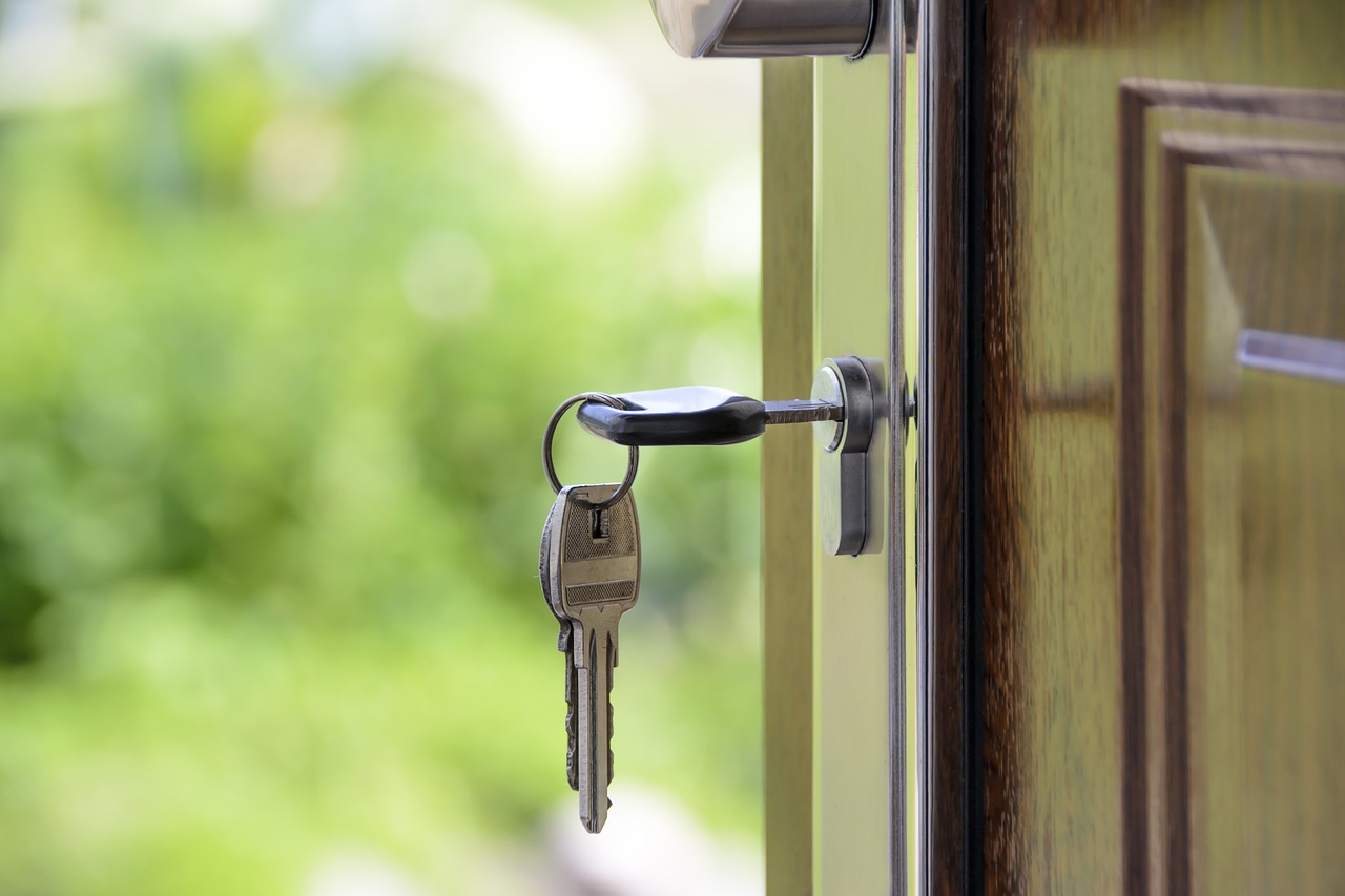 Is Farming and Open Houses a Waste of Time for Real Estate Agents