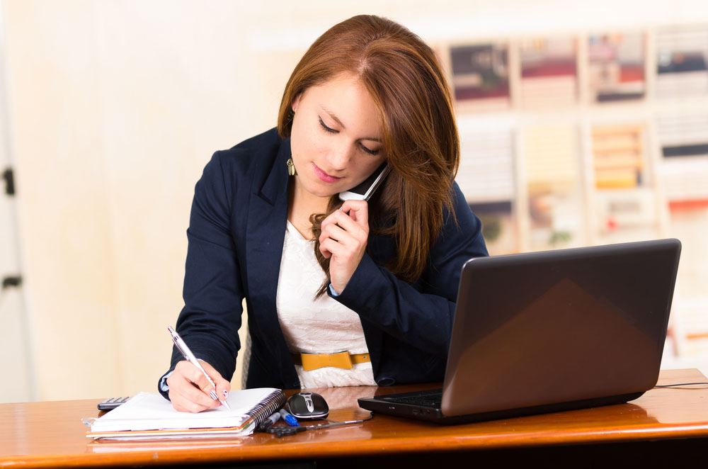 If You Miss a Call, What Should Real Estate Leads Hear From Your Voicemail?