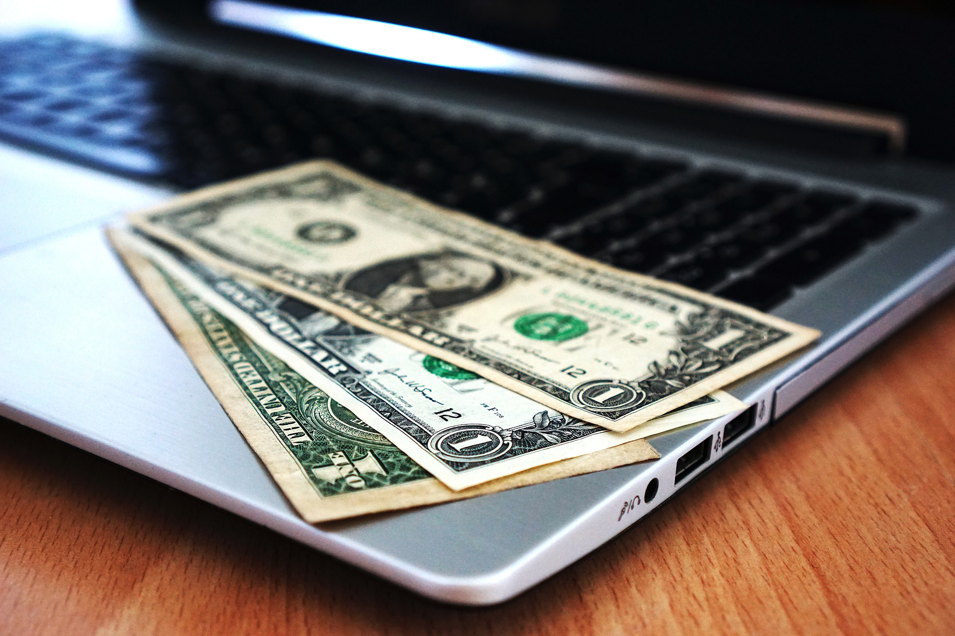friday freebies money leads.jpg