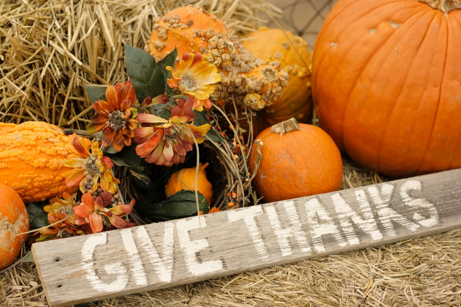 photodune-760206-give-thanks-with-pumpkins-s.jpg